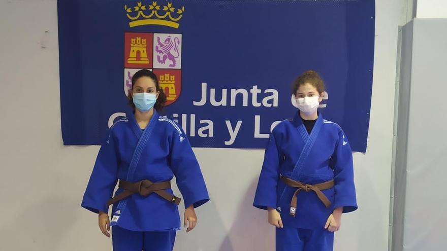 Dos zamoranas en las concentraciones de judo de Castilla y León