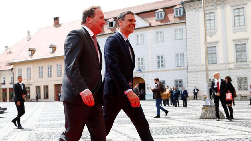 Pedro Sánchez abandona abans d'hora la cimera de líders europeus per acompanyar la família de Pérez Rubalcaba
