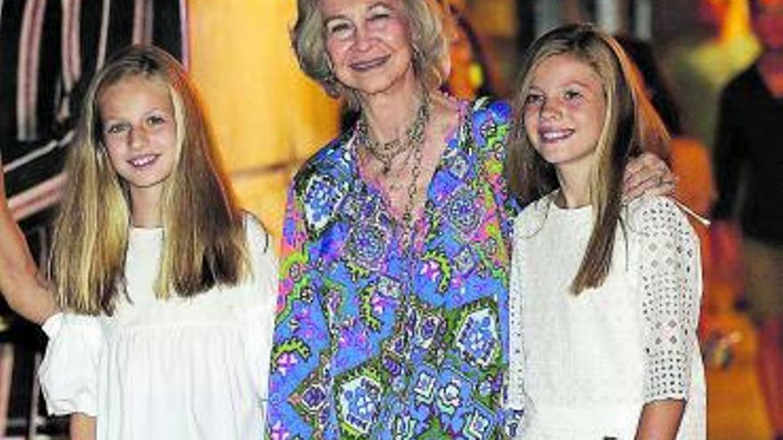 La Reina Sofía ya está vacunada contra el COVID