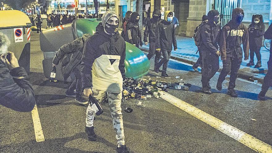 Marlaska dice que nadie del Gobierno ha apoyado los disturbios por Hasél