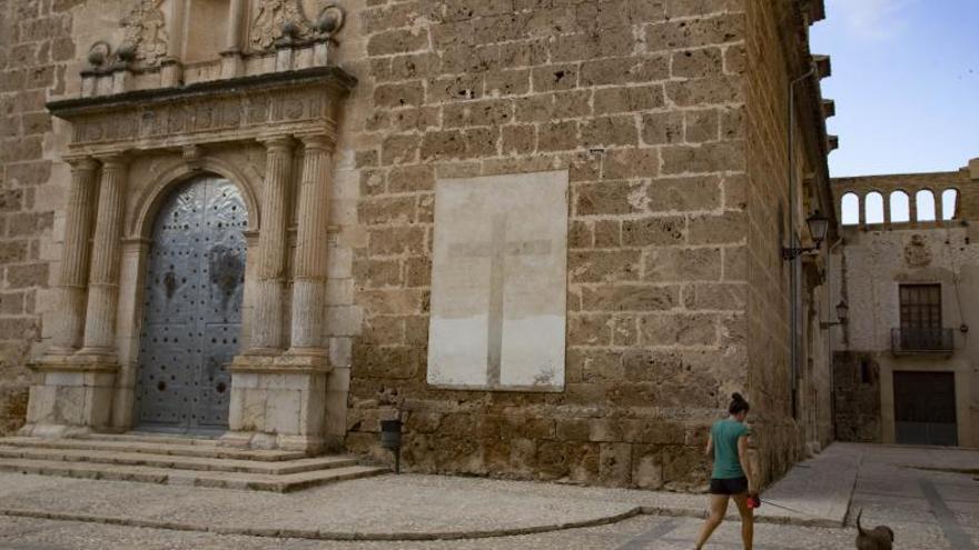 El Consell insta a retirar ocho vestigios franquistas en seis municipios
