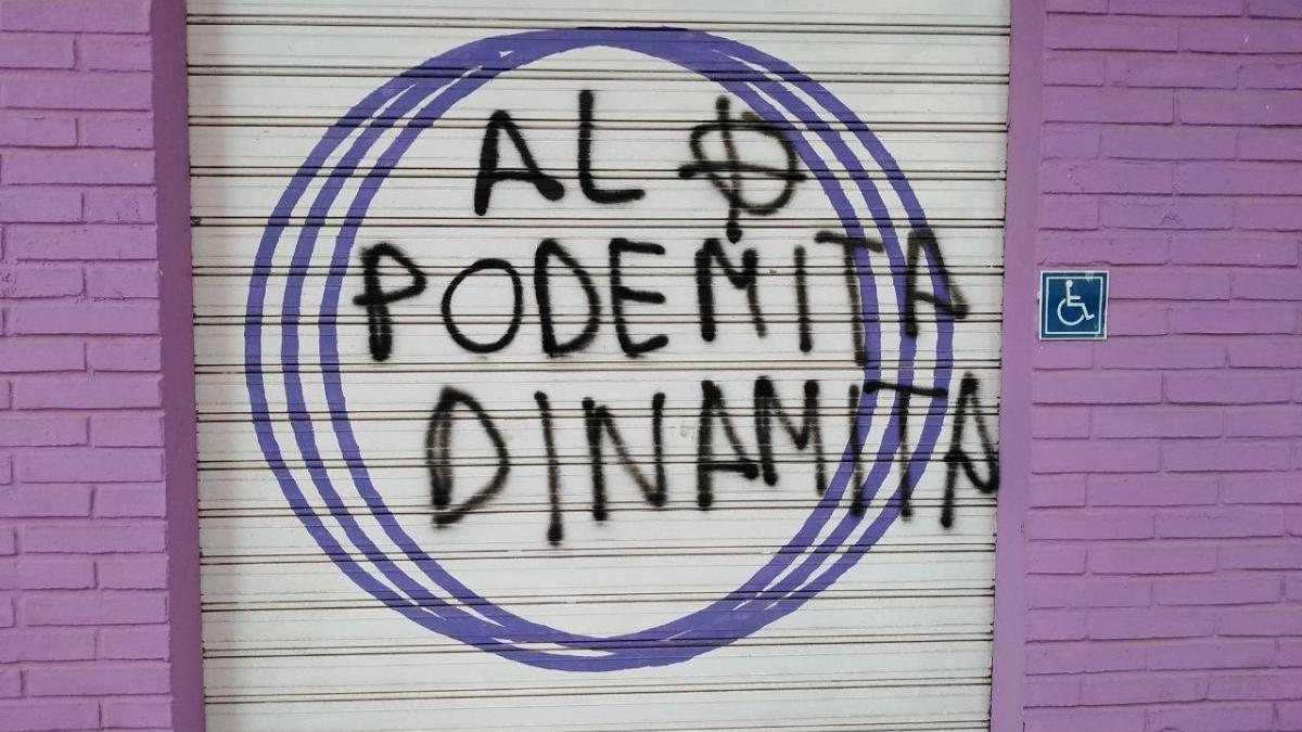 Ataque a las sedes del PSOE de La Unión y Podemos de Cartagena