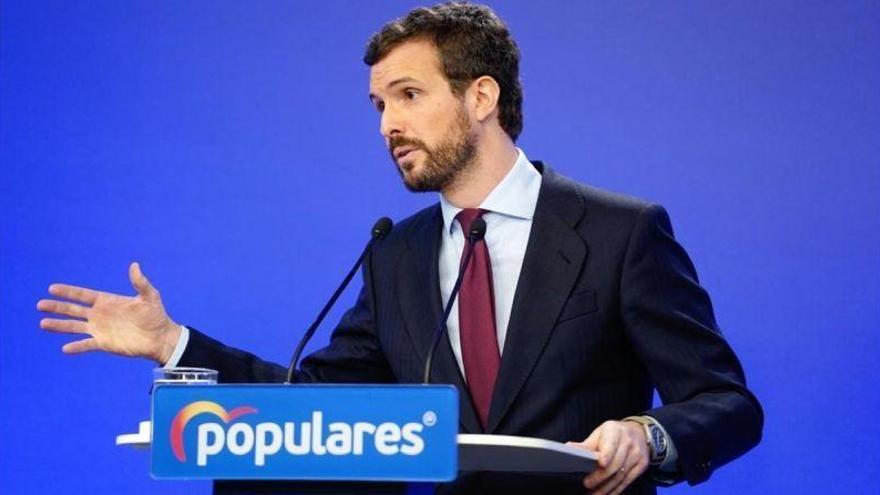 """Casado pide a ERC que """"armonice"""" ahorrando en """"embajadas y sueldos públicos"""""""