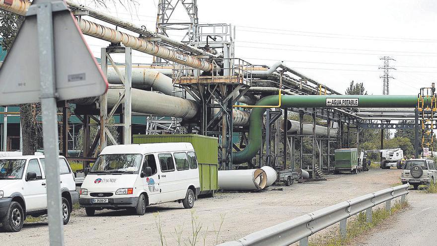 Reducen a la mitad los contratos de eventuales de auxiliares de Arcelor