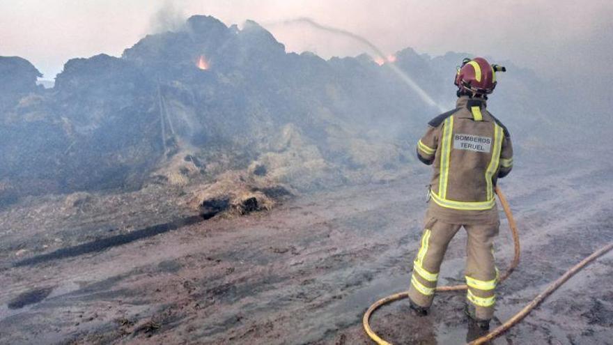 Seis zonas del centro de Aragón en nivel naranja por incendios forestales