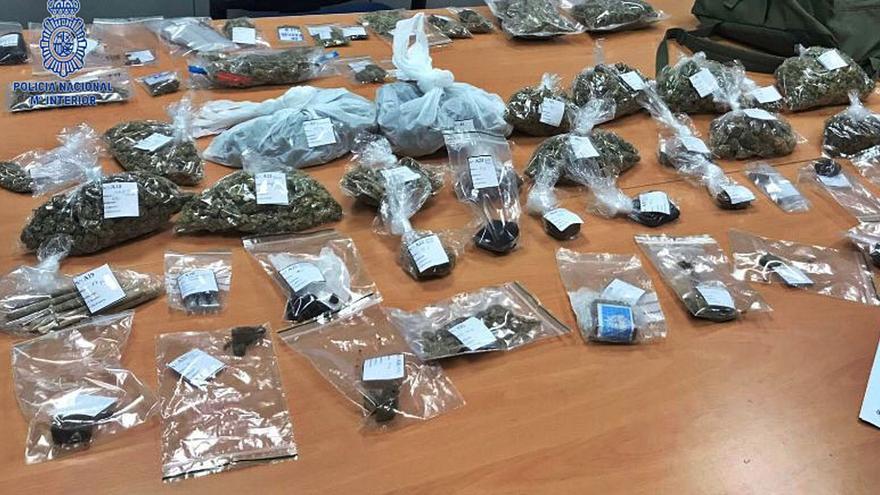 Dos detenidos en una operación policial en Ibiza contra un club de cannabis