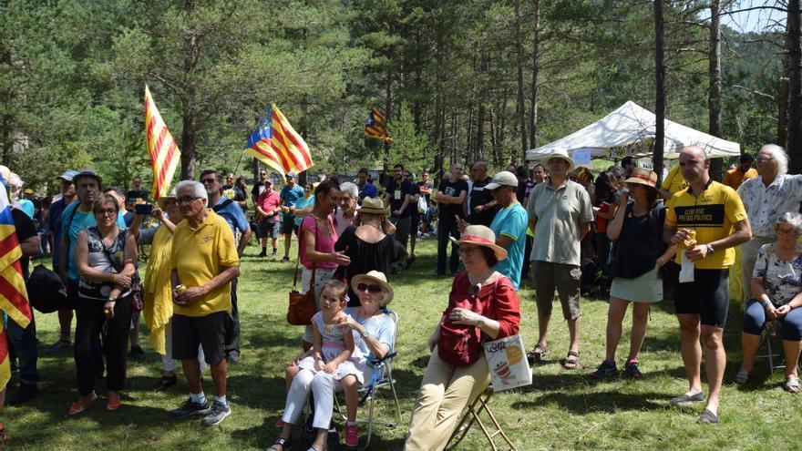 Traslladen l'Aplec del Pi de les Tres Branques a la plaça dels Països Catalans de Berga
