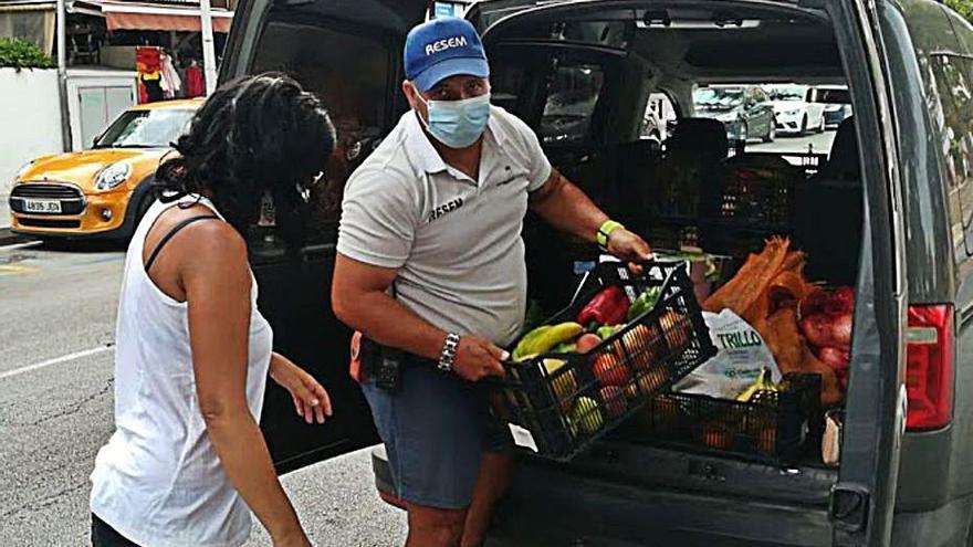 """Manuel Mas: """"Actualmente traemos comida a casi 40 familias necesitadas de Calvià"""""""