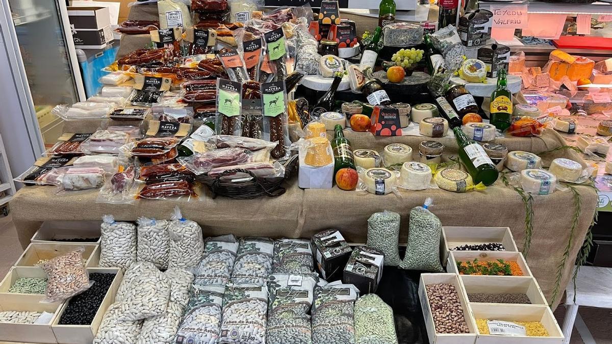 """Productos asturianos de la marca """"Alimentos del Paraíso Natural""""."""