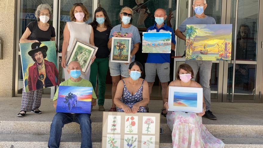 La escuela de pintura de Nigrán muestra sus trabajos en el auditorio
