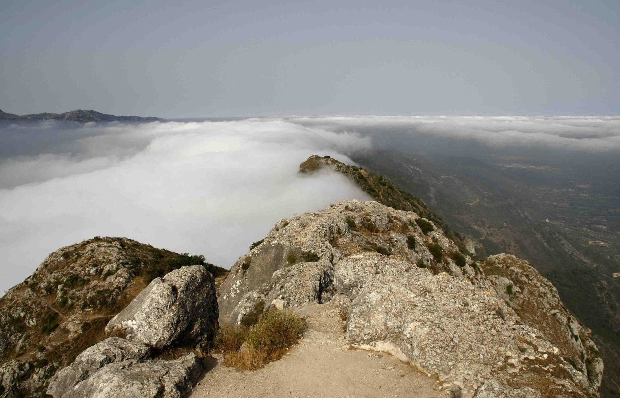 Beniatjar- vistas desde el pico del Benicadell20120802_0224.jpg