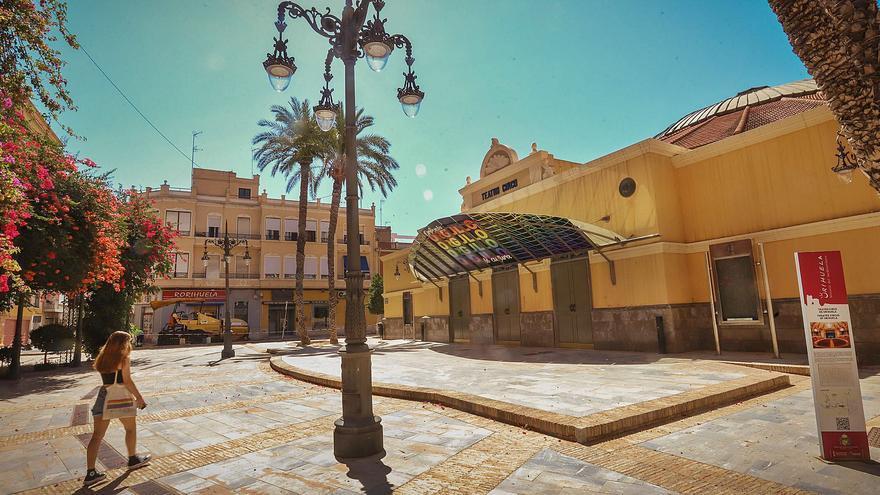 Un vecino de Murcia reclama la propiedad de la plaza del Teatro Circo de Orihuela