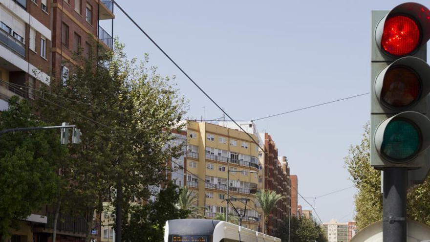 Diseñan en la UMA un sistema para regular los semáforos y reducir atascos y contaminación