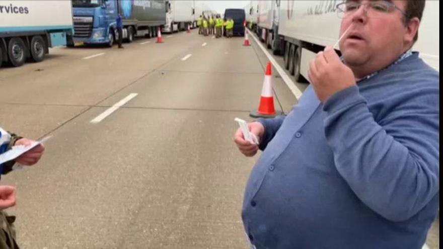 Muchos camioneros atrapados en Reino Unido no volverán hasta Nochevieja