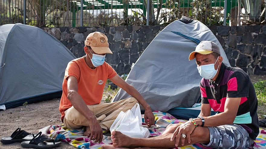 52 inmigrantes en situación  irregular piden ayuda en Santa Cruz