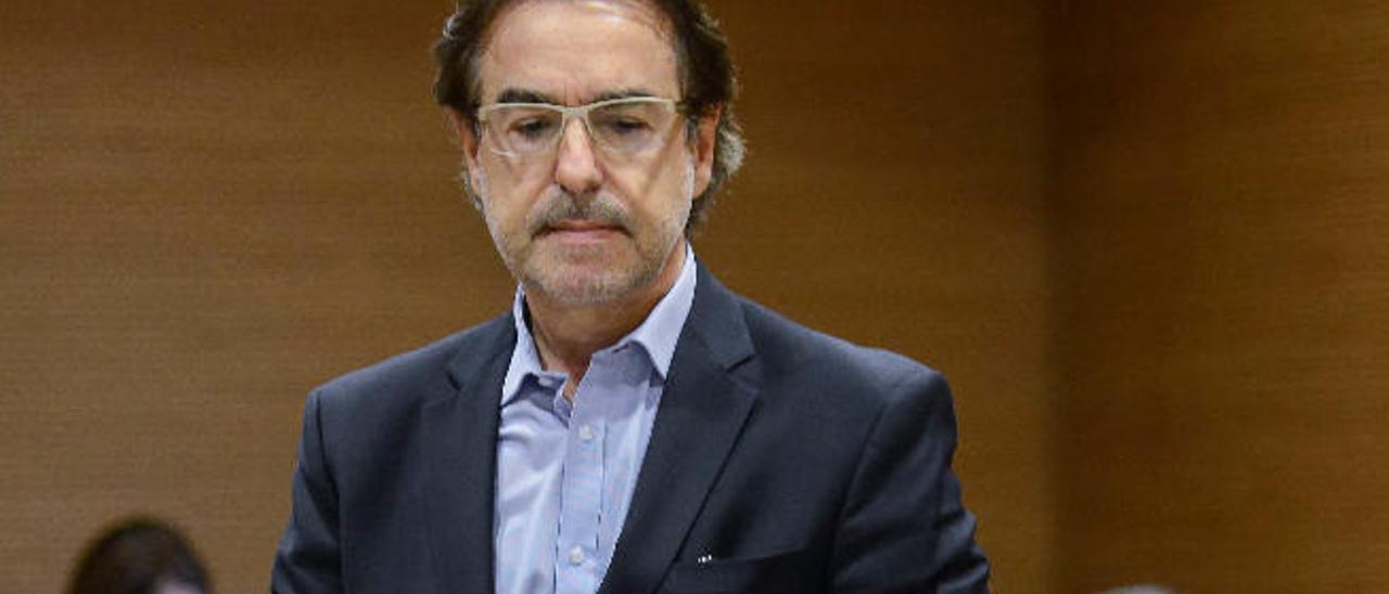 """Luis Soria """"nunca"""" autorizó a Perdomo filtrar las bases del concurso eólico"""
