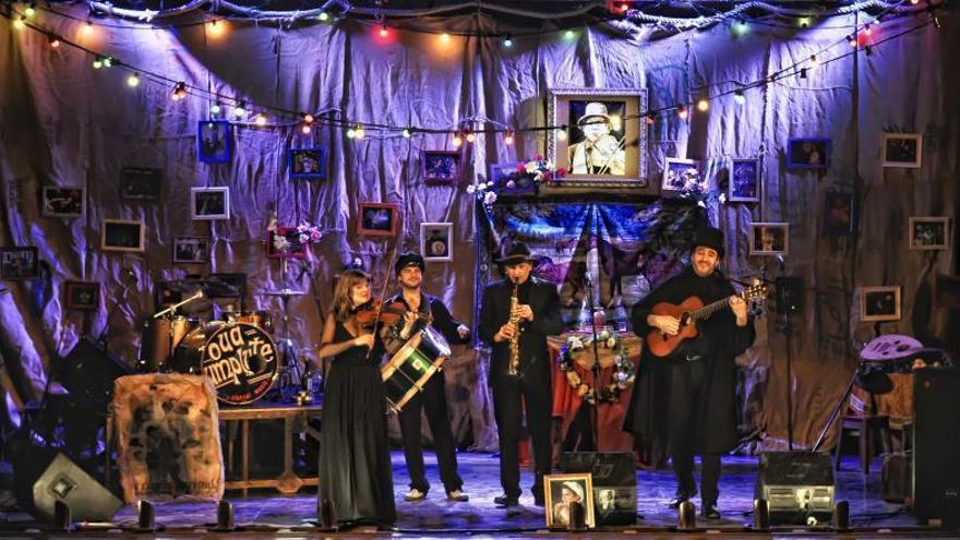"""La comèdia musical """"El Funeral"""" aplega a la Sala Russafa"""
