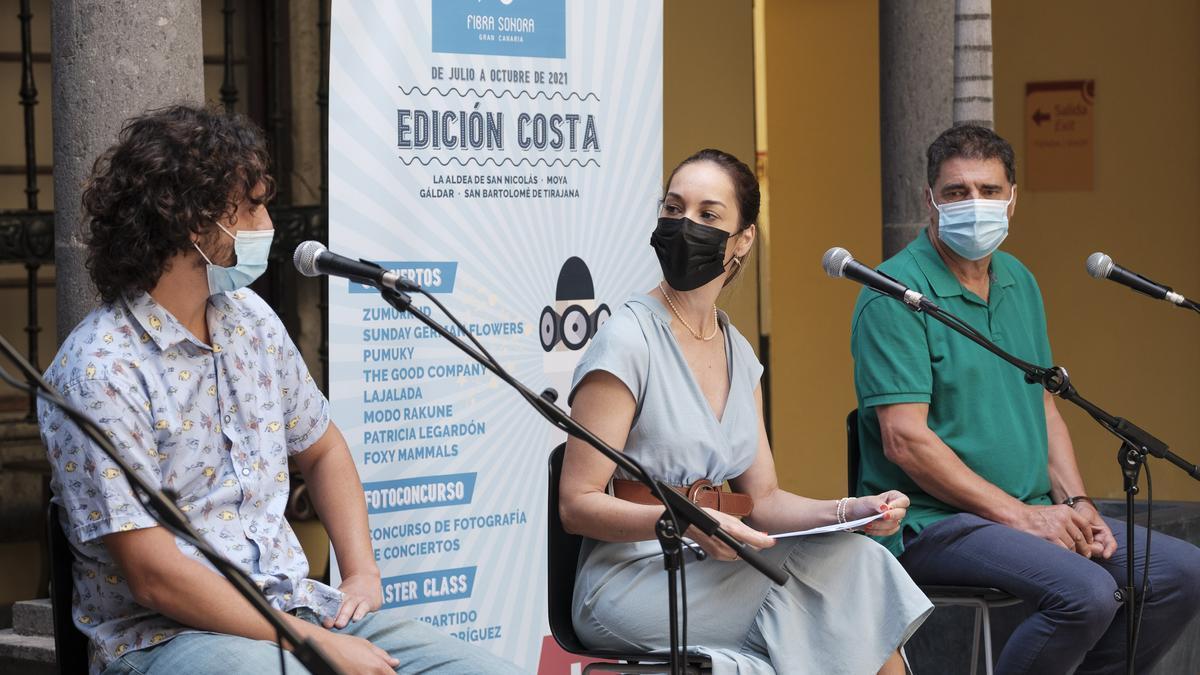 Jorge Brito, Guacimara Medina and Fernando Suárez at the presentation of the second edition of & # 039; Fibra Sonora & # 039 ;.