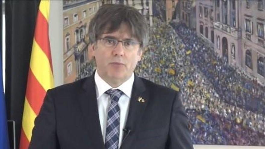 Puigdemont podrá usar las siglas JxCat por ahora