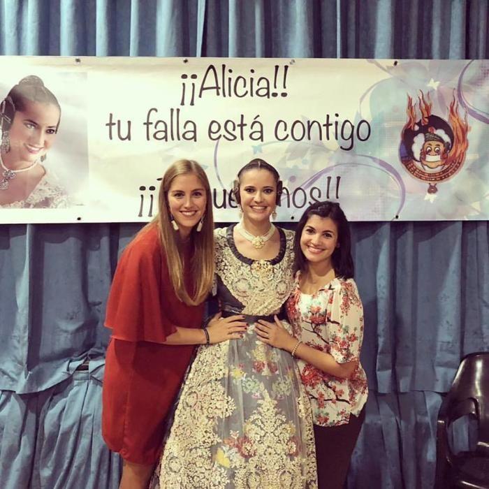 Els Doctors tiene cortesana cada tres años: Lourdes Theureau (2015), Alicia Andrés (2018) y Andrea Belver (2012)