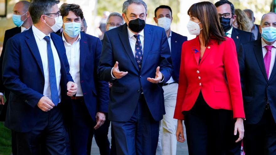 Zapatero llama a los vascos a fomentar los consensos y la memoria