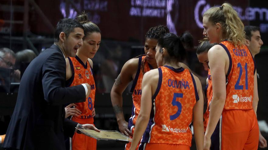 Revolución en el cuerpo técnico del Valencia Basket femenino