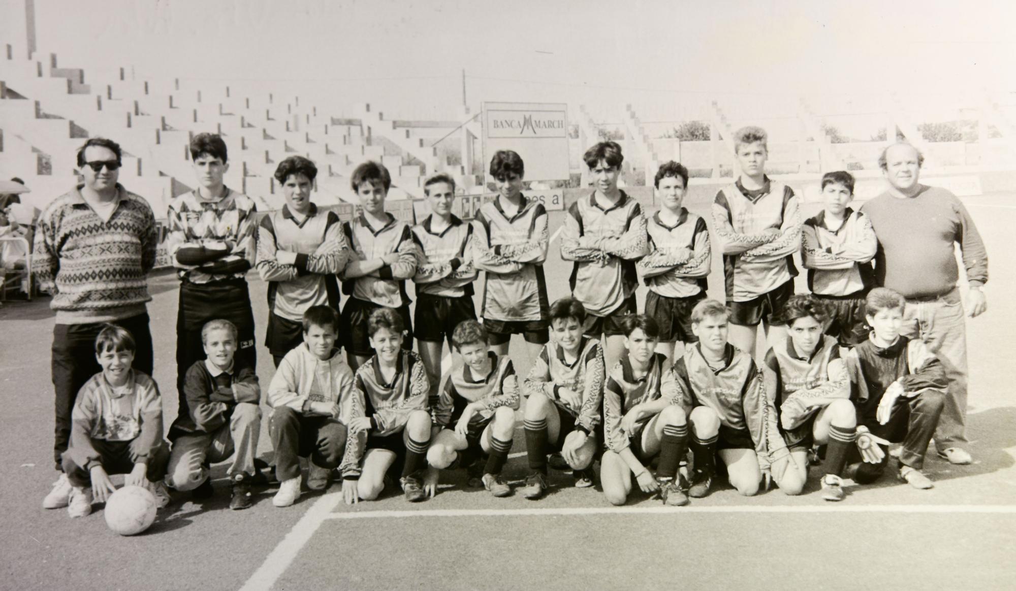 Sant Jordi infantil hace unos 27 años en Can Misses.