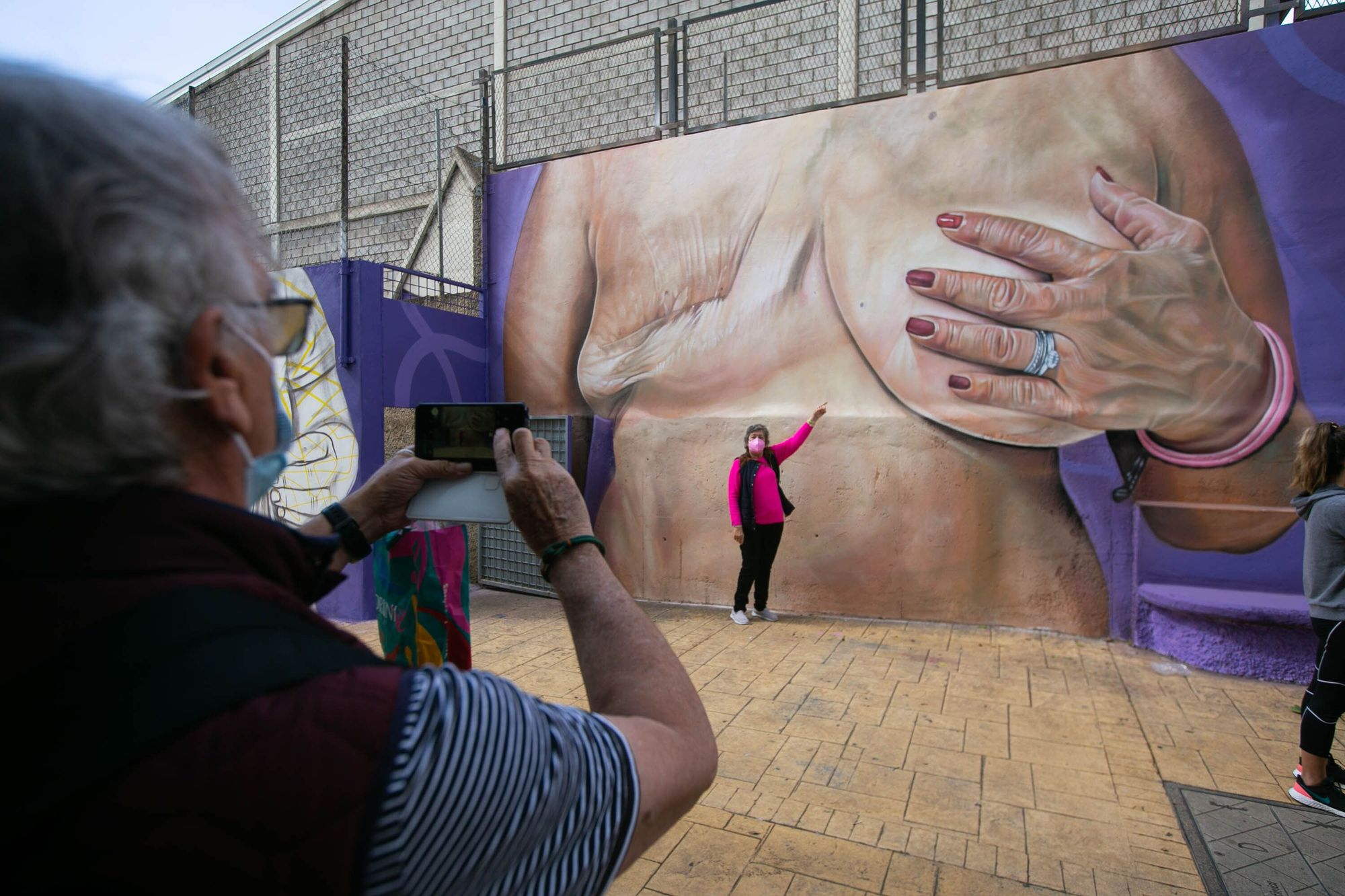 Mural del voluntariado en Anchieta