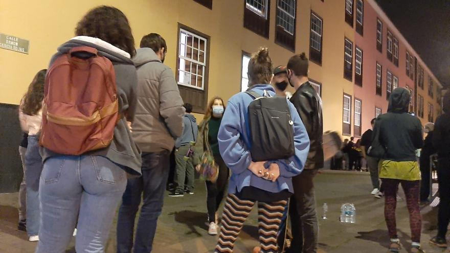 Altercados en una exhibición policial y militar en la Universidad de La Laguna