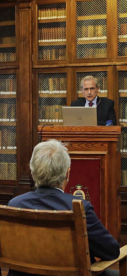 Antonio Abril, durante su ponencia. | Fernando Rodríguez