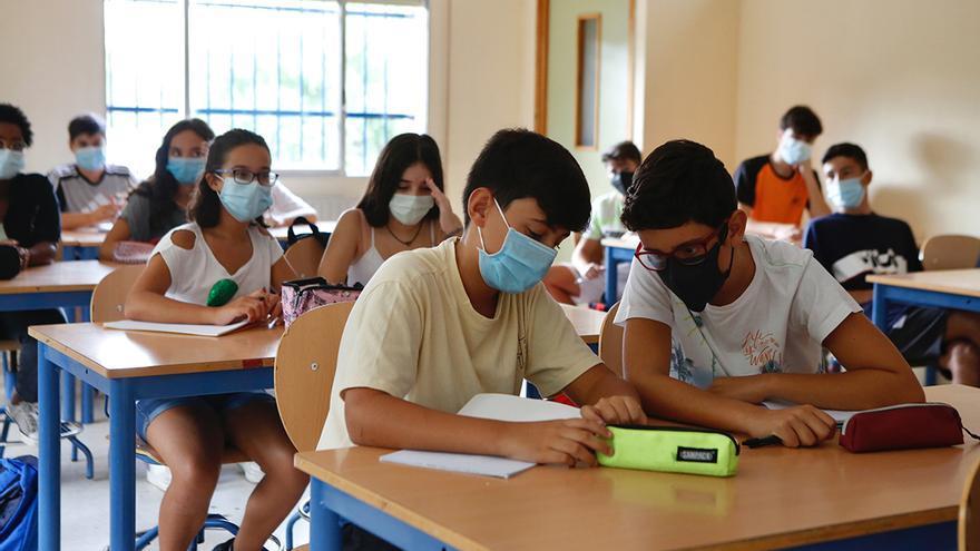 Comienza el curso en Secundaria que, por primera vez, refleja la bajada de natalidad en 2.681 alumnos menos