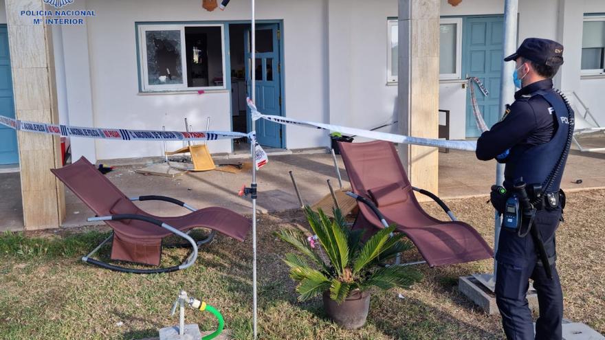 Un apuñalado y cuatro detenidos tras una riña entre vecinos por un pájaro en Palma