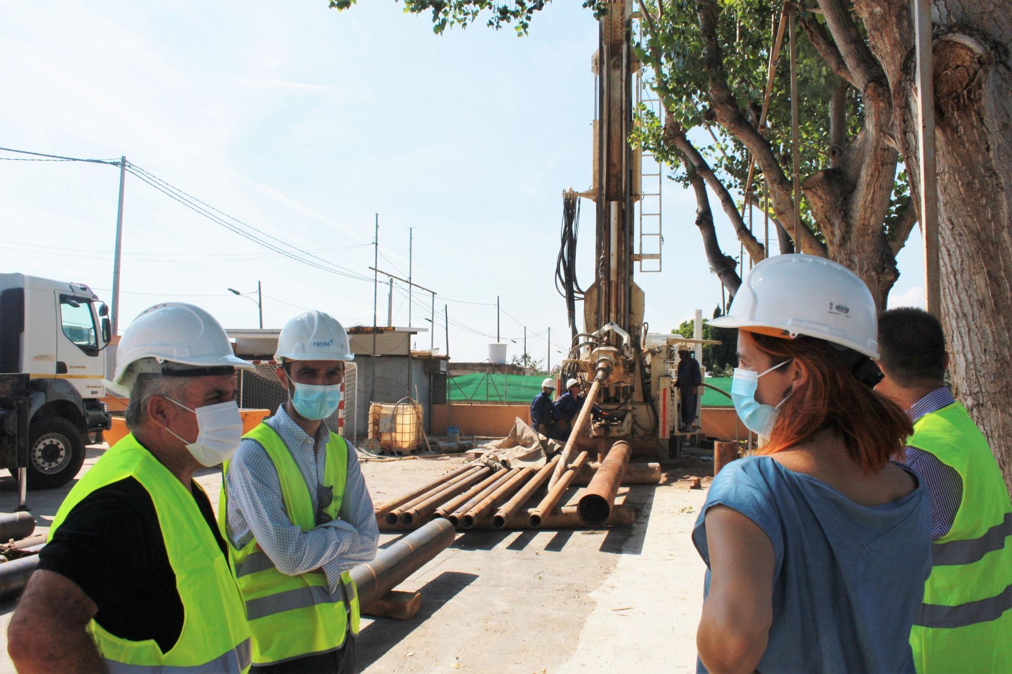 visita inicio obras pozo Sata B�rbara 1.jpg