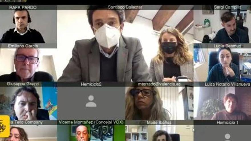 """Un fallo informático en el ayuntamiento de València acaba en una trifulca con acusaciones de """"cacicada"""""""