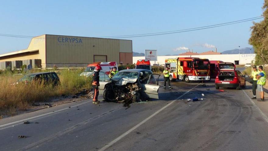 Un muerto y un herido al colisionar dos coches en Onda