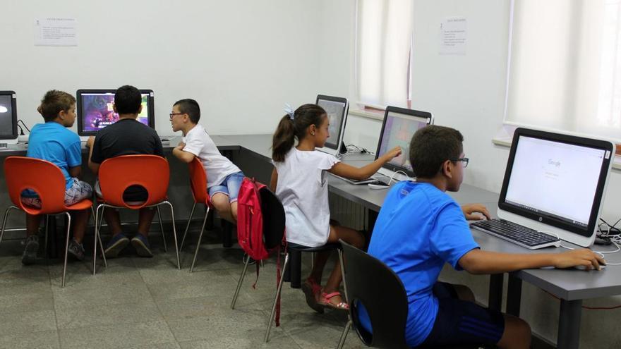 """Educación reconoce a ocho colegios de Zamora con el distintivo """"¡Leo TIC!"""""""