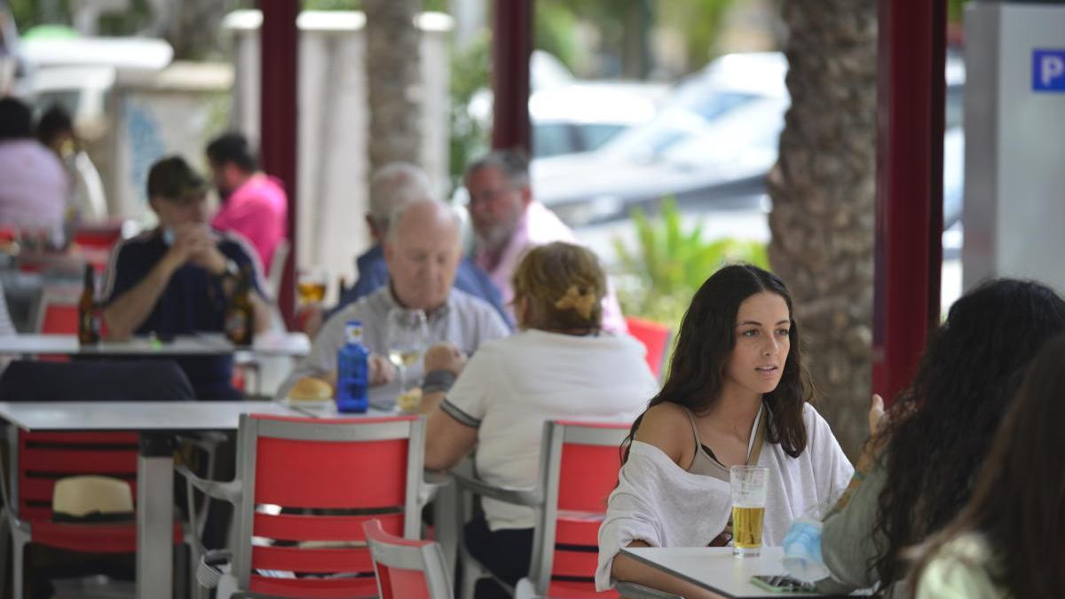 Hostecar pide al Ayuntamiento que mantenga la ampliación de las terrazas hasta el 30 de septiembre