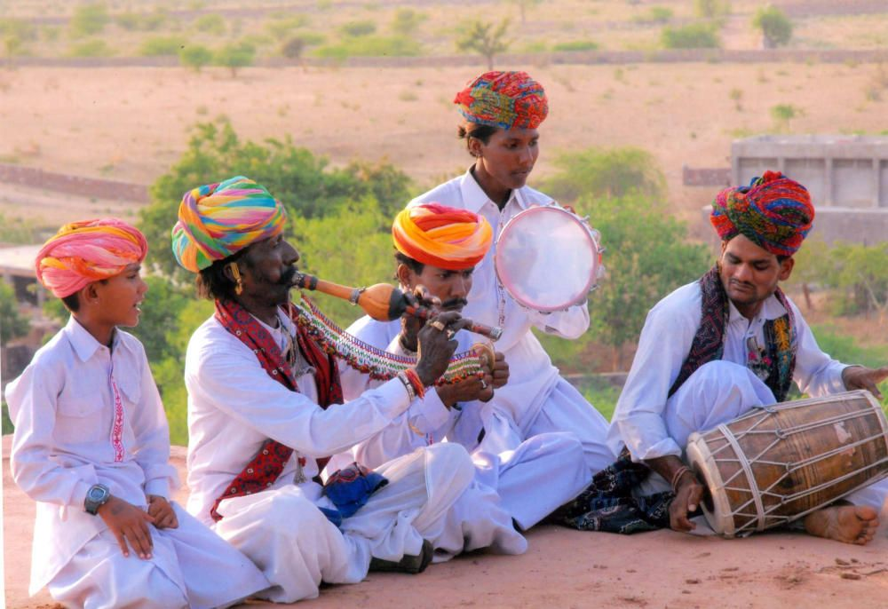India - Cantos y bailes folcloricos de los kalbelias del Rajastan.