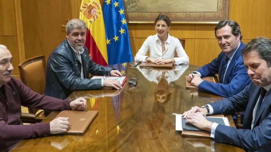 Acuerdo para prorrogar los ERTE hasta el 31 de enero