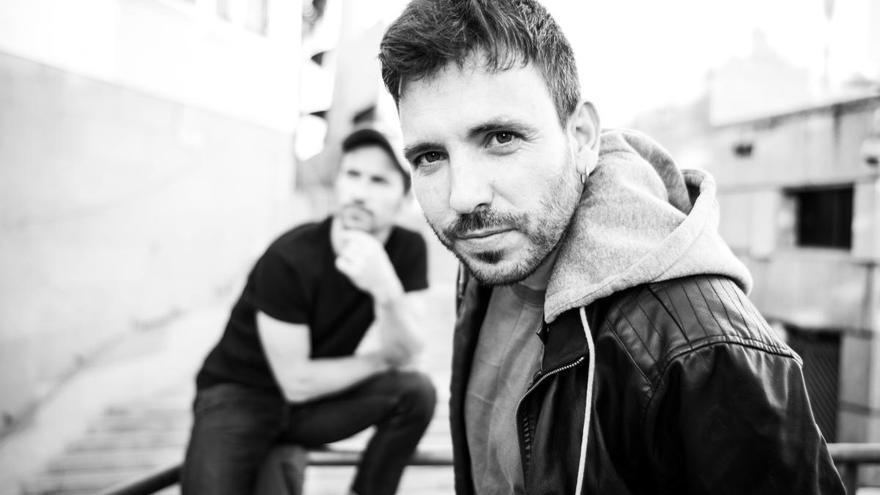 El gandiense Pablo Sánchez se suma a la música solidaria en plena pandemia