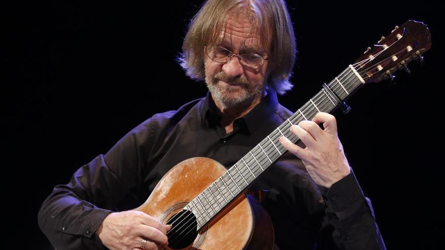 Gran concierto del carismático guitarrista David Russell
