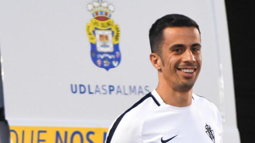 """Hernán Santana: """"No reconozco a esta UD; es más, casi no conozco a ningún jugador"""""""