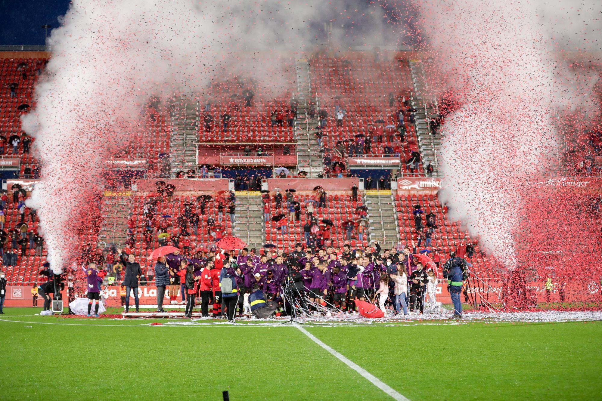 Así ha sido la celebración del ascenso del Mallorca en Son Moix