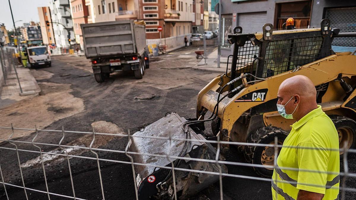 Obras en la avenida de Venezuela, en Santa Cruz de Tenerife.