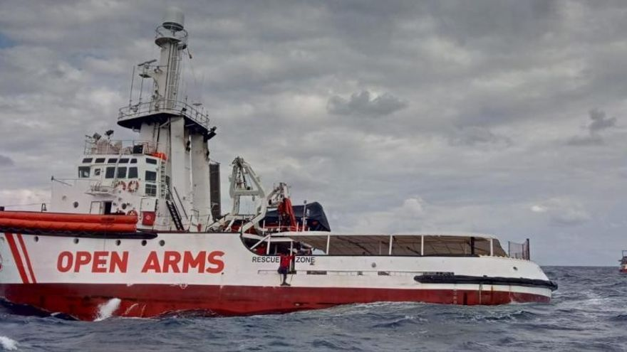 Valencia se ofrece a acoger a los migrantes del Open Arms