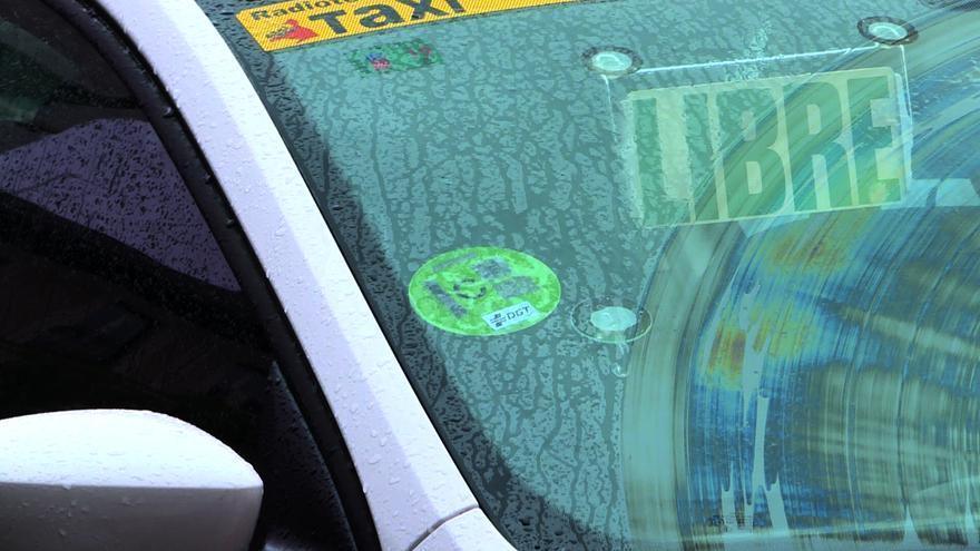 El 36,7% de los vehículos en Extremadura no tiene el distintivo medioambiental de la DGT