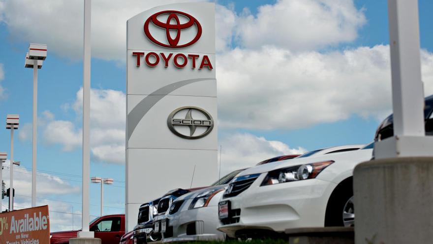 Un concesionario de Toyota.