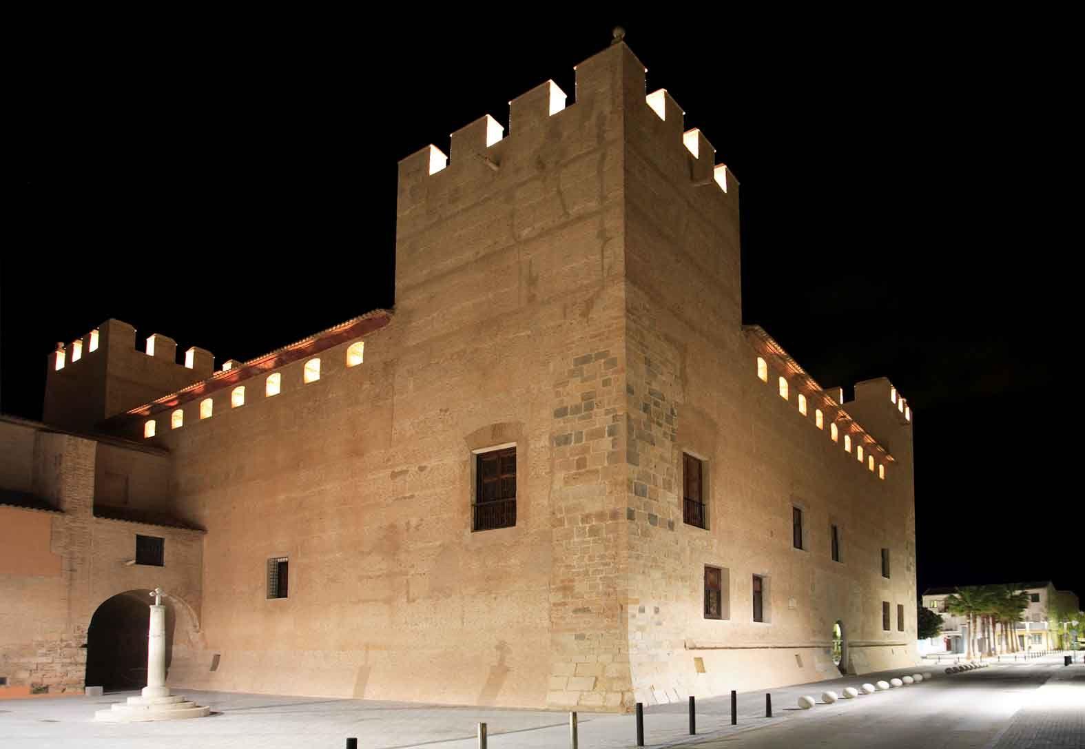Castillo de Alaqu�s0002.jpg