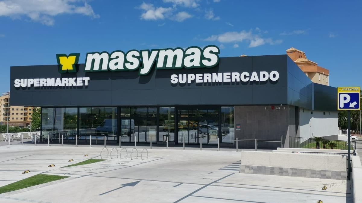 La fachada del nuevo supermercado en Dénia.