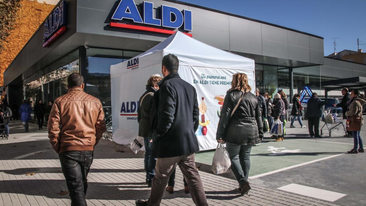 Los test de antígenos se venden en supermercados de Aldi y Lidl en Alemania desde el 1 de marzo.